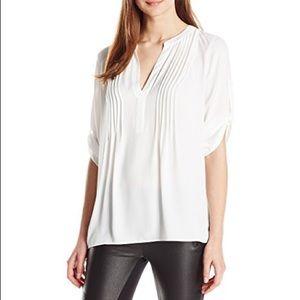 NWT BGBGMaxazria Gena Long Sleeve Top - White